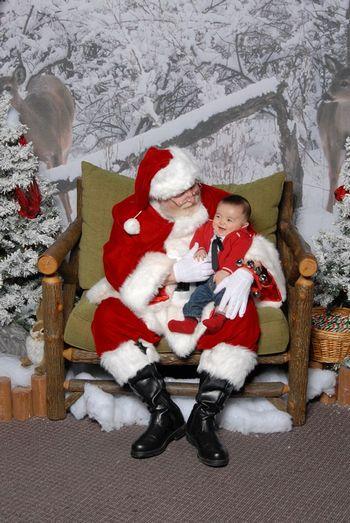 サンタさんと写真を撮ってきました_c0126120_1102156.jpg