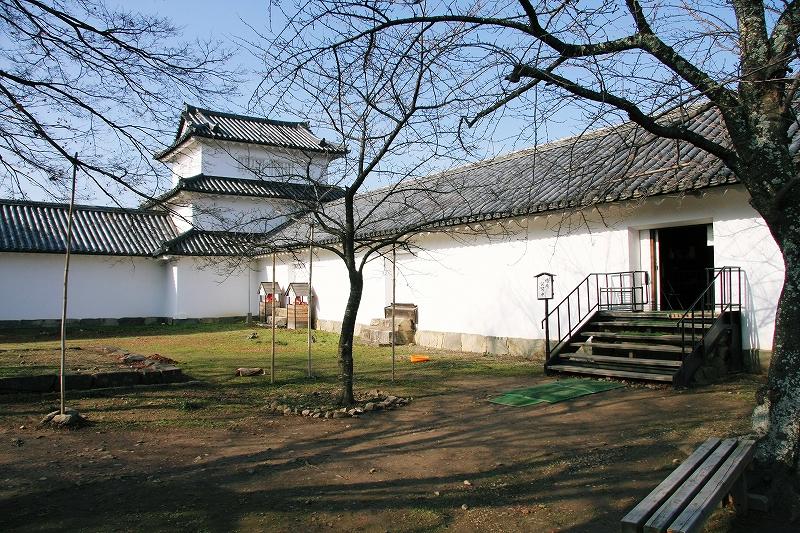 彦根城10 西の丸三重櫓_c0196076_2394718.jpg
