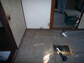 水まわり含む改修工事が始まりました。_a0148909_9263065.jpg