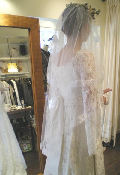 春に結婚式を計画中のお姫様へ。_b0117913_15395785.jpg
