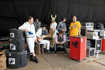 グループ魂の新曲「だだだ」が、TVアニメ「べるぜバブ」のオープニングテーマに決定! _e0025035_16502362.jpg