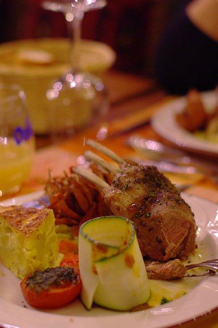 プレサレちゃんの華麗な夕食_e0171336_17485934.jpg
