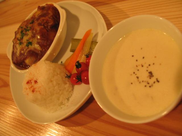 白菜挽肉の重ねチーズキノコソース!_b0207642_1191286.jpg