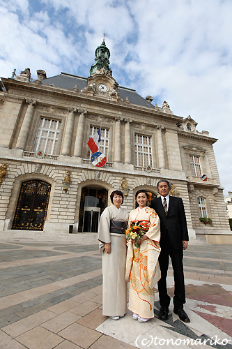 フランスの区役所での結婚式_c0024345_22521552.jpg