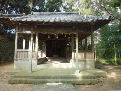 竹原古墳(1)この優美な装飾壁画は通年公開!_c0222861_13305673.jpg