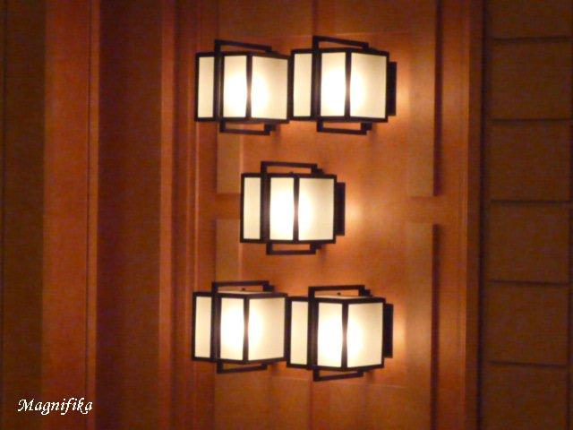 Frank Lloyd Wright の 名残り Frank Lloyd Wright_e0140365_0461059.jpg