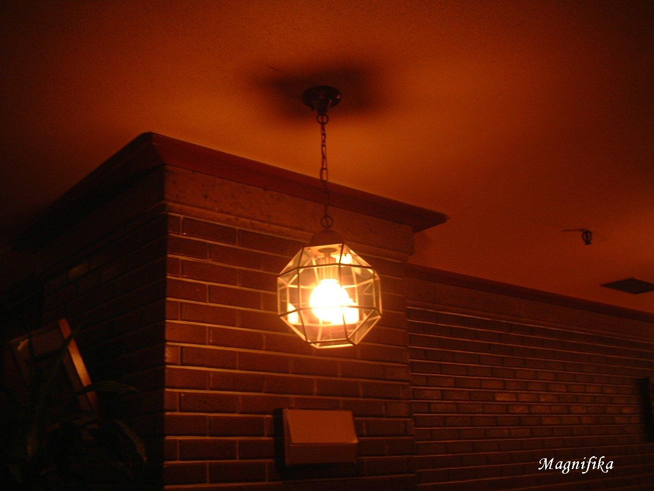Frank Lloyd Wright の 名残り Frank Lloyd Wright_e0140365_0472576.jpg