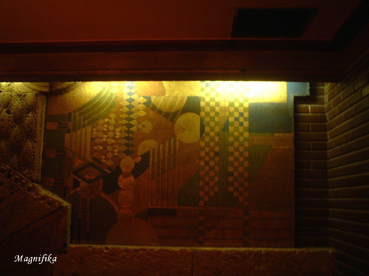 Frank Lloyd Wright の 名残り Frank Lloyd Wright_e0140365_0481420.jpg