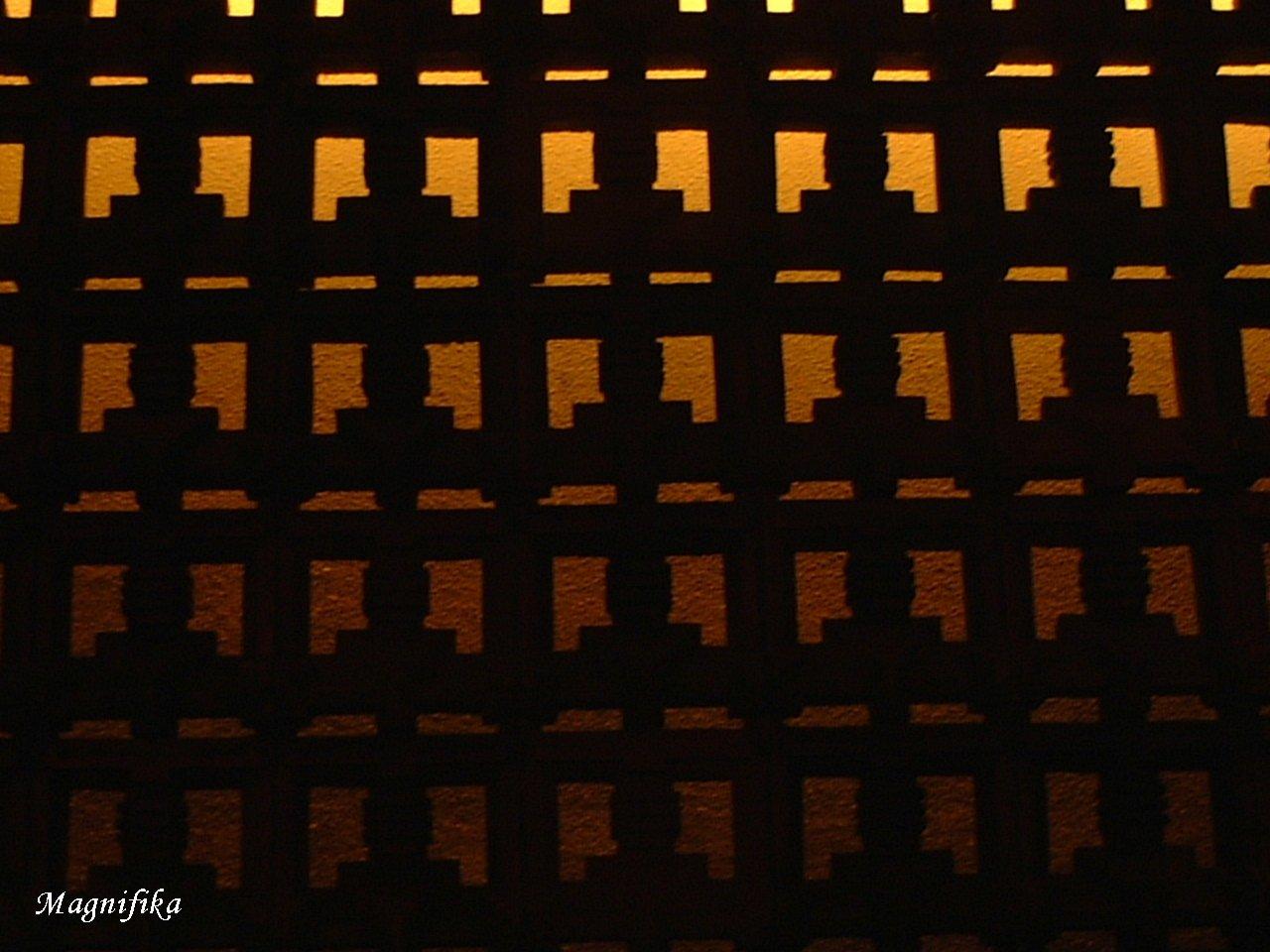 Frank Lloyd Wright の 名残り Frank Lloyd Wright_e0140365_0485744.jpg
