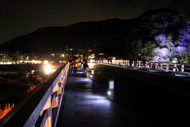 京都・嵐山花灯路1 渡月橋あたり_e0048413_14314348.jpg