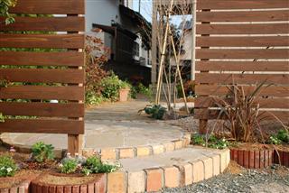 庭~ギフト。。_c0173939_23484911.jpg