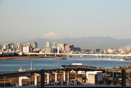 2010年最後の海外取材は羽田から_b0053082_2353140.jpg