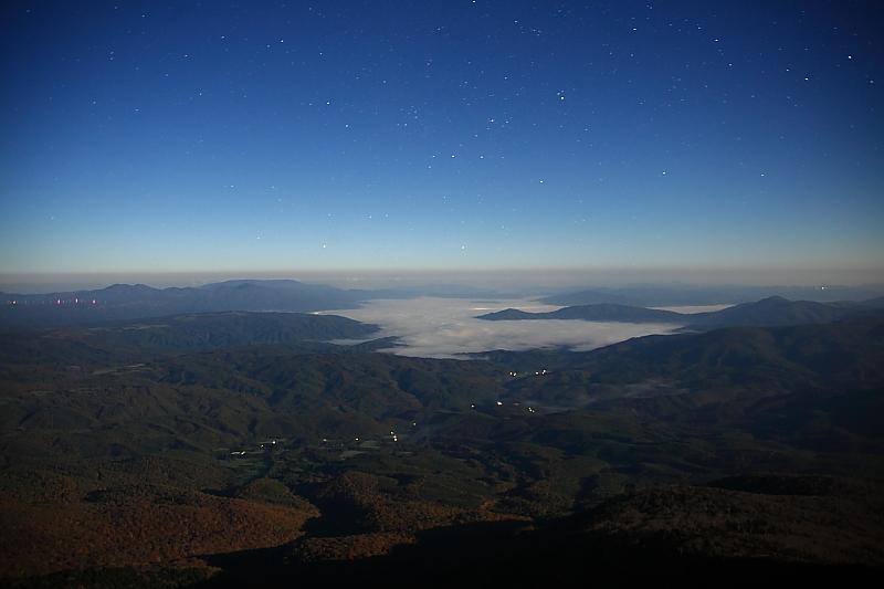 遠野盆地の夜_e0183063_110154.jpg