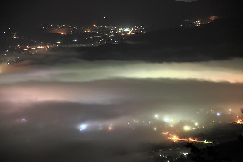 遠野盆地の夜_e0183063_124587.jpg