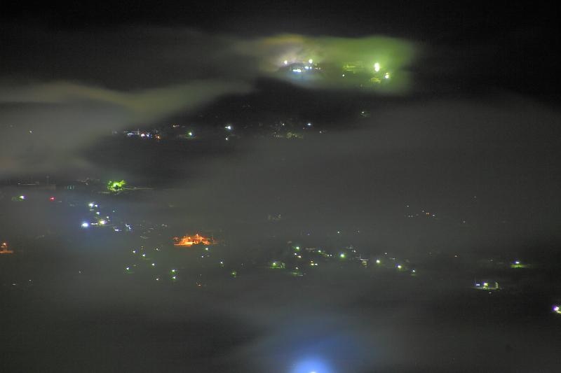 遠野盆地の夜_e0183063_13118.jpg