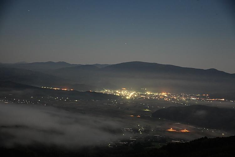 遠野盆地の夜_e0183063_192139.jpg
