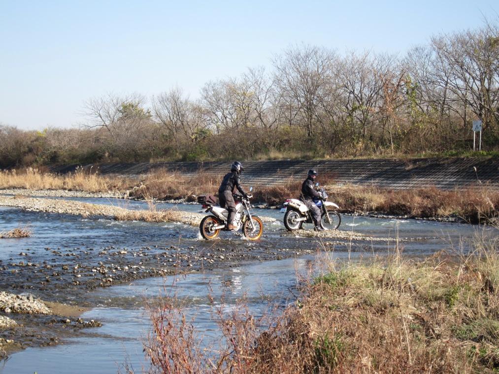 河原で遊ぶ_f0141609_17303015.jpg