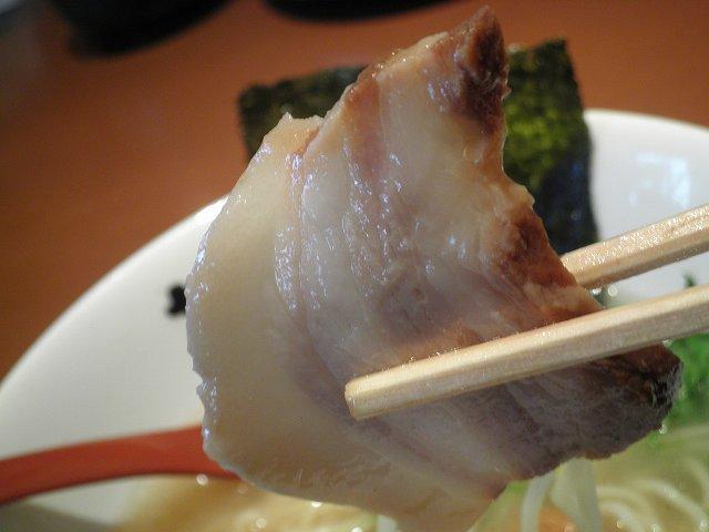 らー麺 藤平     川西多田店_c0118393_17154819.jpg