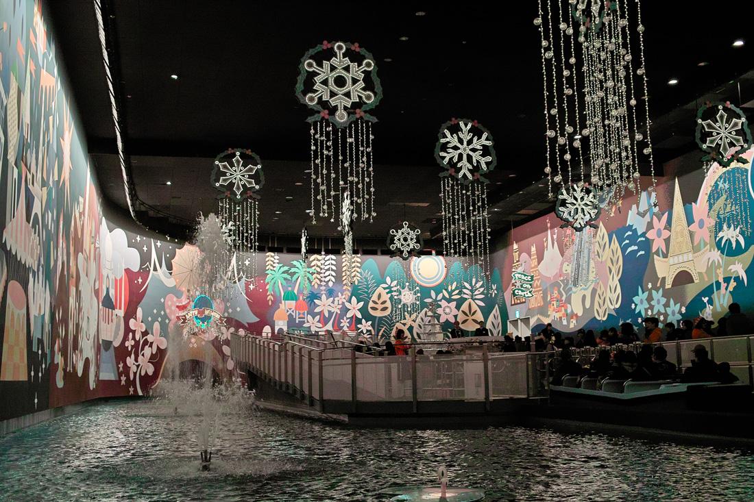 Tokyo Disney Land X'masFantasy2010③~it\'s a small world~_c0223825_223380.jpg