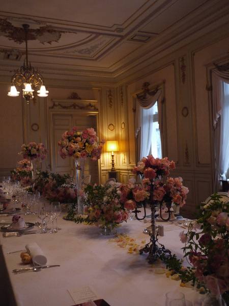 木の家と晩餐会 あるホテル様への装花_a0042928_1734684.jpg