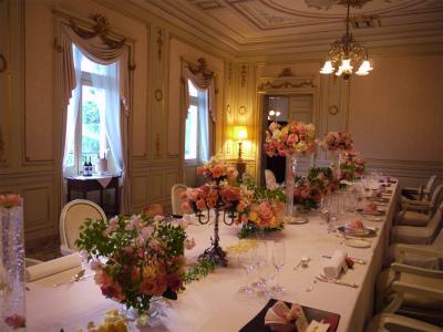 木の家と晩餐会 あるホテル様への装花_a0042928_17402427.jpg