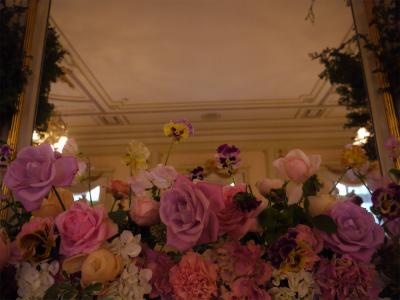木の家と晩餐会 あるホテル様への装花_a0042928_17504083.jpg