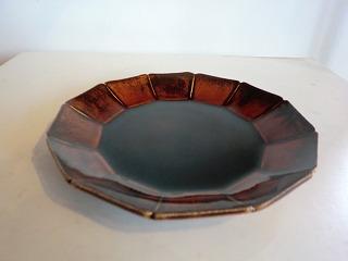 安齋新さん、厚子さんのアメ釉輪花7寸皿、5.5寸皿_b0132444_16494964.jpg