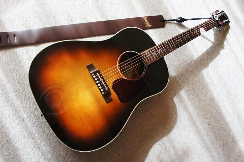 10年12月20日GibsonJ-45_c0129671_18451755.jpg