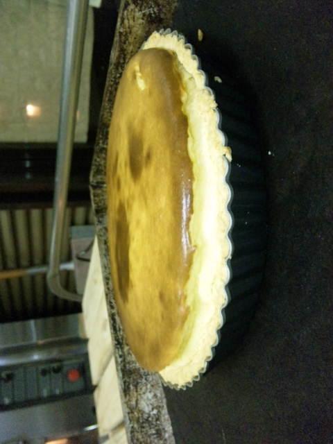 チーズケーキ焼き上がりました。_a0072505_17222228.jpg