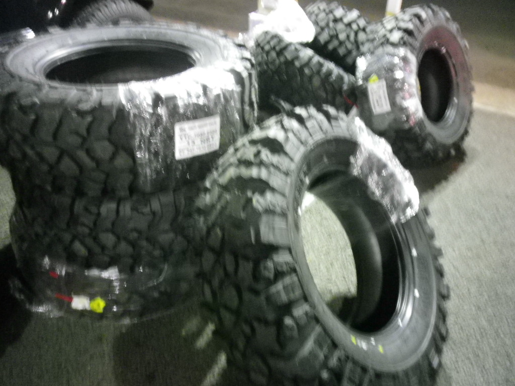 Pitbull Tire Rocker JK ラングラー TJ ラングラー _b0123820_11464013.jpg