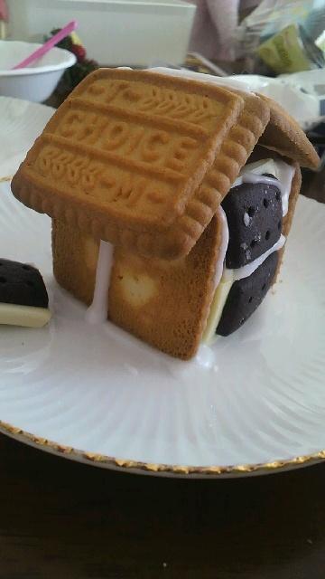お菓子の家 2010(^^)v_a0113430_19114611.jpg