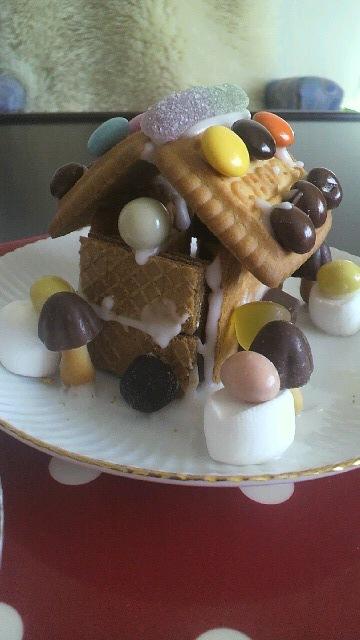 お菓子の家 2010(^^)v_a0113430_19184351.jpg