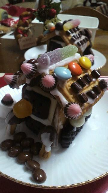 お菓子の家 2010(^^)v_a0113430_1982532.jpg