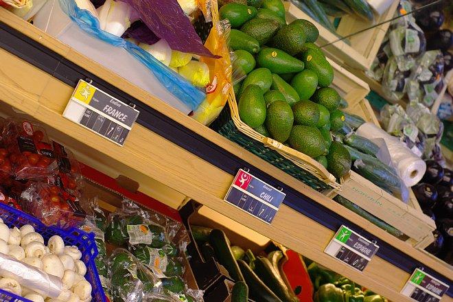 街のスーパーマーケット_e0171336_11494541.jpg