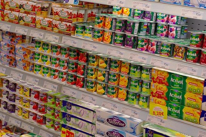 街のスーパーマーケット_e0171336_1222779.jpg
