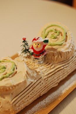 手作りクリスマス・ケーキ_a0175348_2053892.jpg