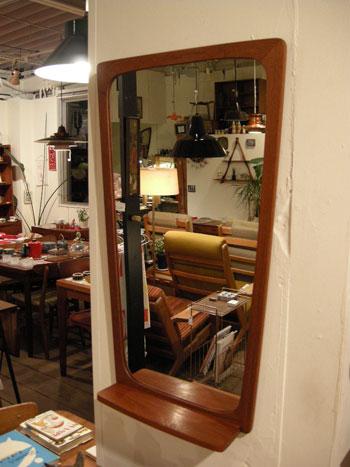 Mirror (DENMARK)_c0139773_18372687.jpg
