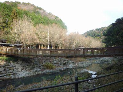 穂掛神社 にぎはやひの降臨した笠置山の麓 美しい渓流に聖地はあった_c0222861_18423622.jpg