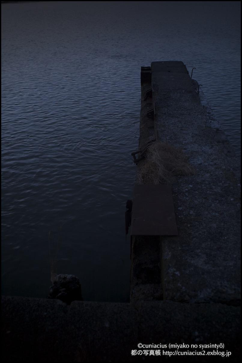 夜明け前—石狩河口の漁港にて_f0042194_21455370.jpg
