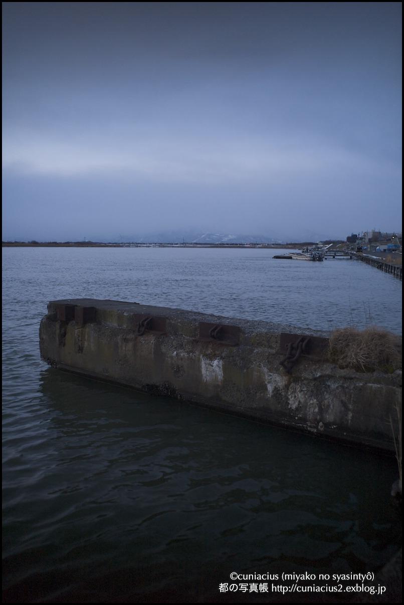 石狩河口漁港_f0042194_2248939.jpg