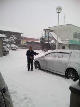 すごい雪ですo(><)o_d0156997_14464142.jpg