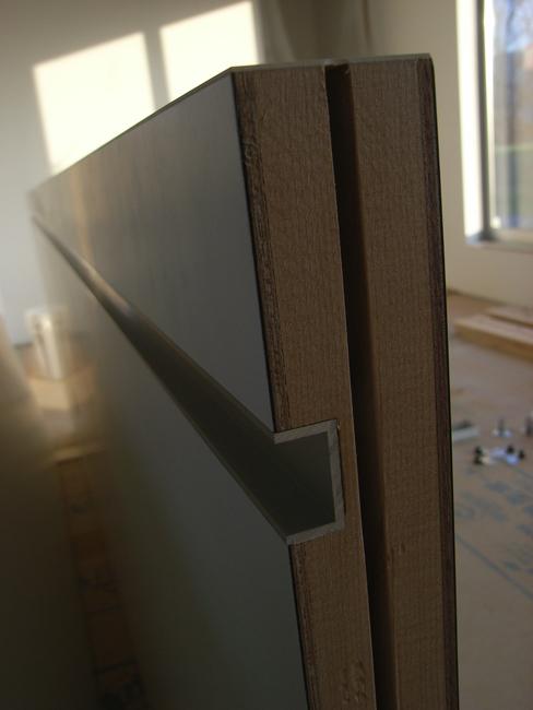 K邸ついに建具搬入・取付作業_b0186200_033207.jpg