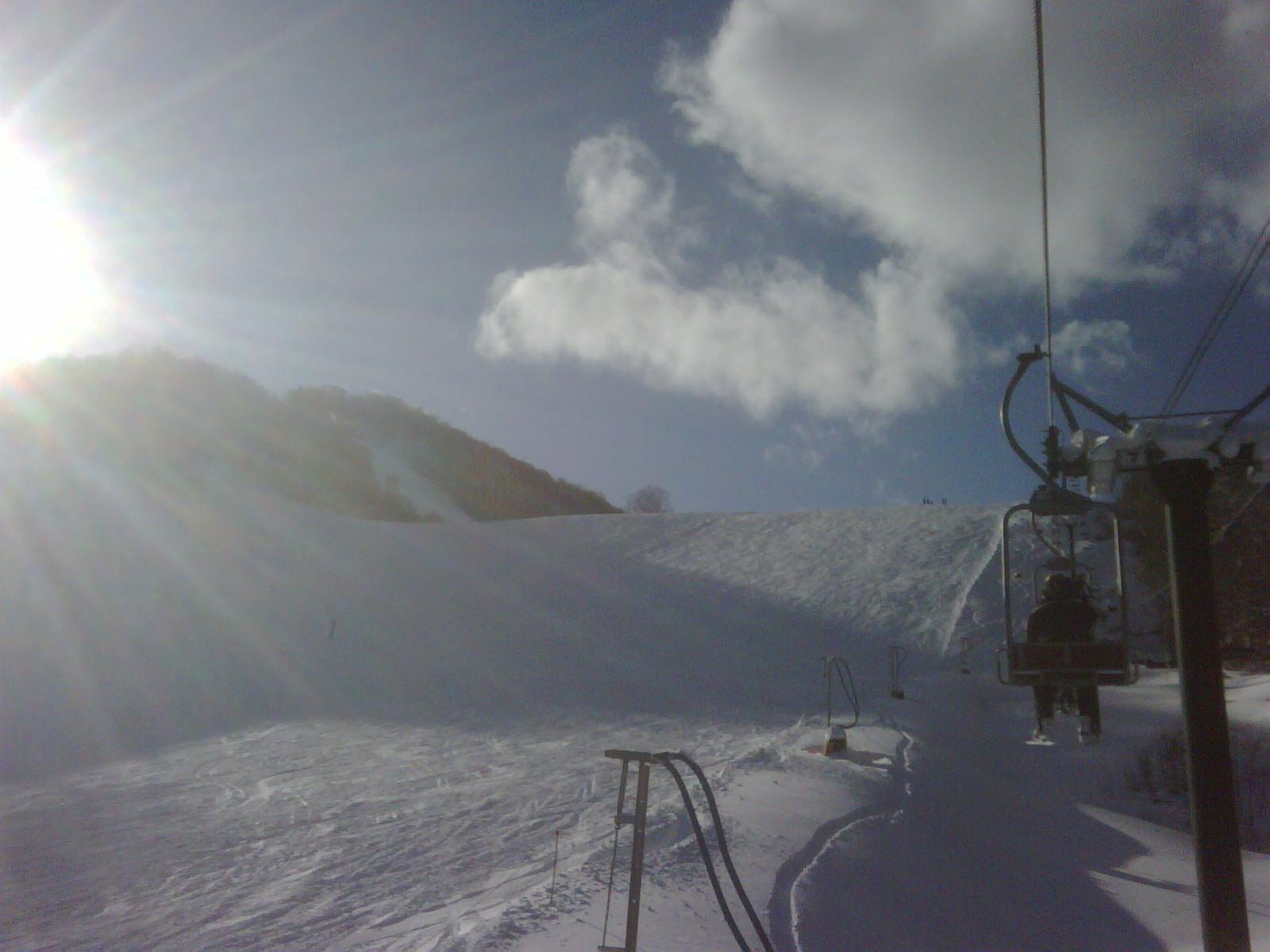 雪が降りやんだ朝は^^_b0152504_2111779.jpg