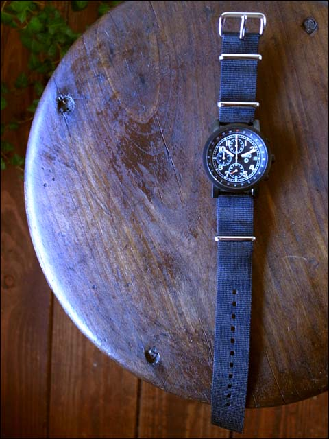 MWC[エム・ダブル・シー] MIL TECH MK2 BLK ミリタリーウォッチ クロノグラフ腕時計 _f0051306_15334112.jpg