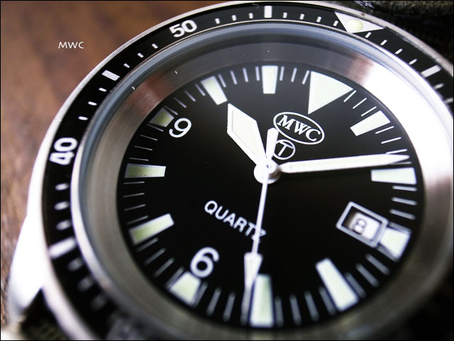 MWC[エム・ダブル・シー] NATO DIVERS STAINLESS ミリタリーウォッチ ダイバーズ腕時計_f0051306_1540257.jpg