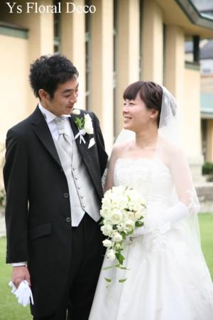 カップ咲きのバラのキャスケードブーケ_b0113510_045749.jpg