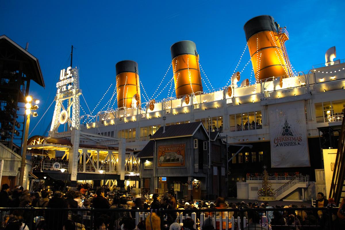 TokyoDisneySea ChristmasWishes2010~ディズニー・シーの素敵なショーと魅惑的な夜~_c0223825_8534410.jpg