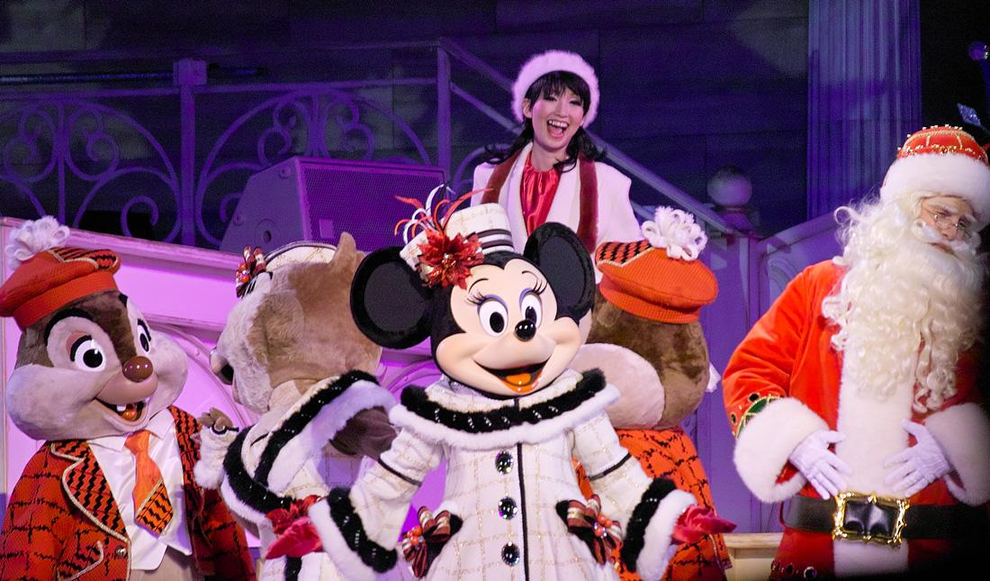 TokyoDisneySea ChristmasWishes2010~ディズニー・シーの素敵なショーと魅惑的な夜~_c0223825_9435310.jpg