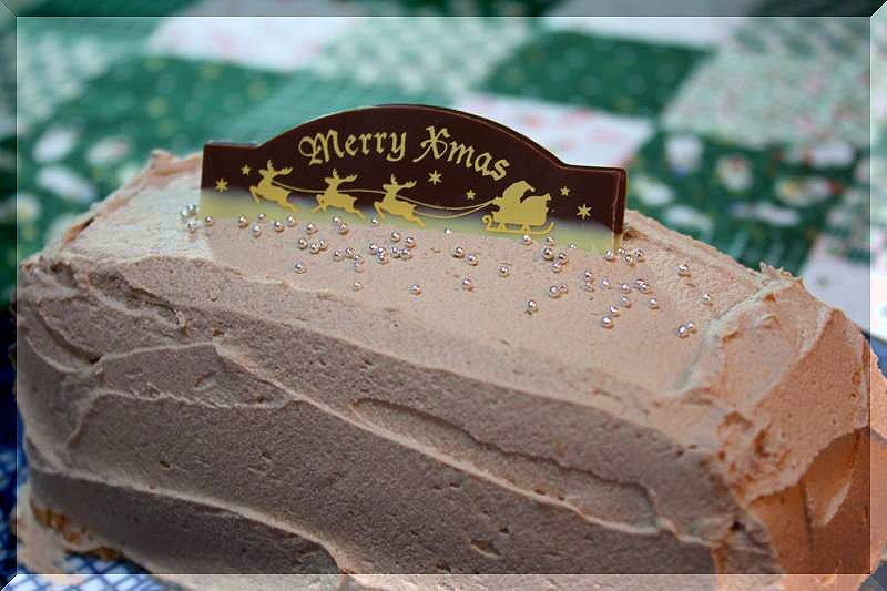 チョコケーキ・いちごタルト・りんごタルト_f0100825_2259234.jpg