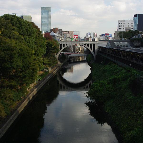 紅葉の裏磐梯と東京_d0024242_0451691.jpg